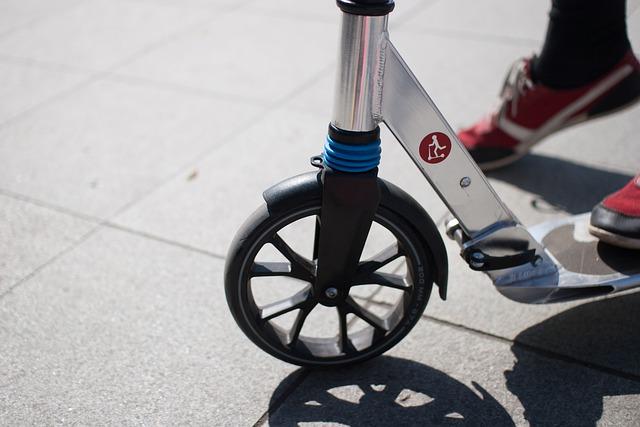 В Крыму могут запретить движение гироскутеров в пешеходных зонах