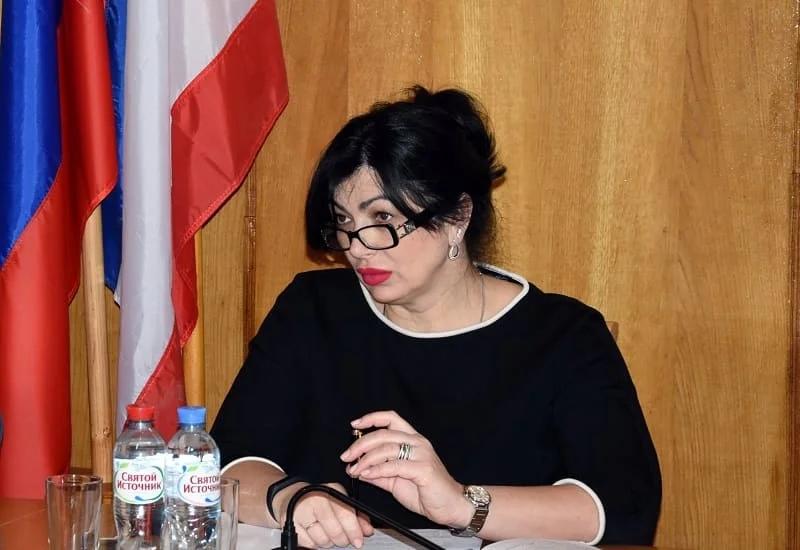 Глава администрации Симферополя ушла в отставку