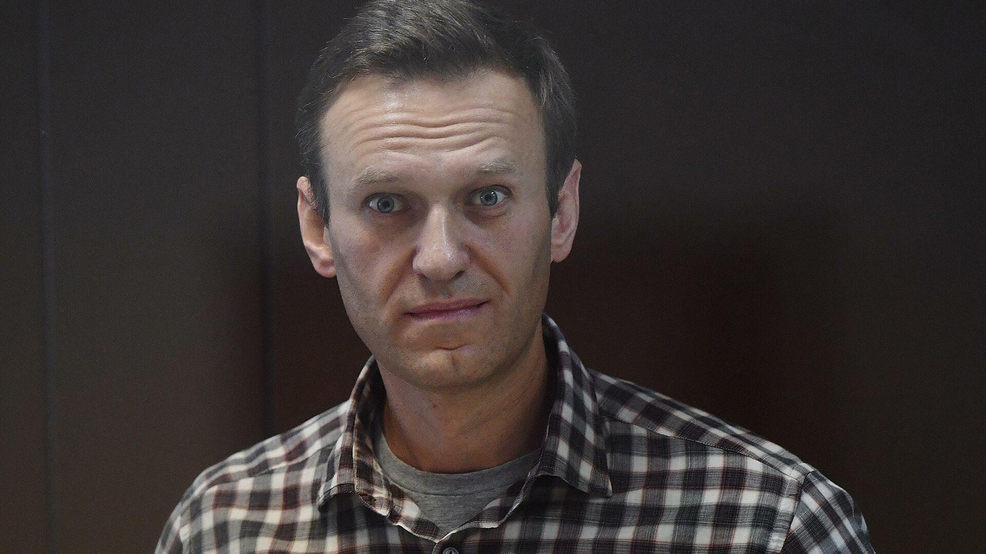 СМИ «истинного патриота» Чалого рассказывают о жизни Навального