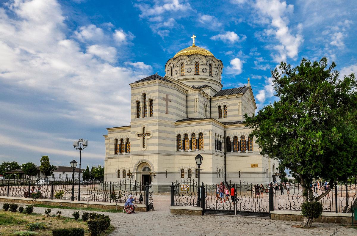 Владимирский собор в Херсонесе признали объектом культурного наследия