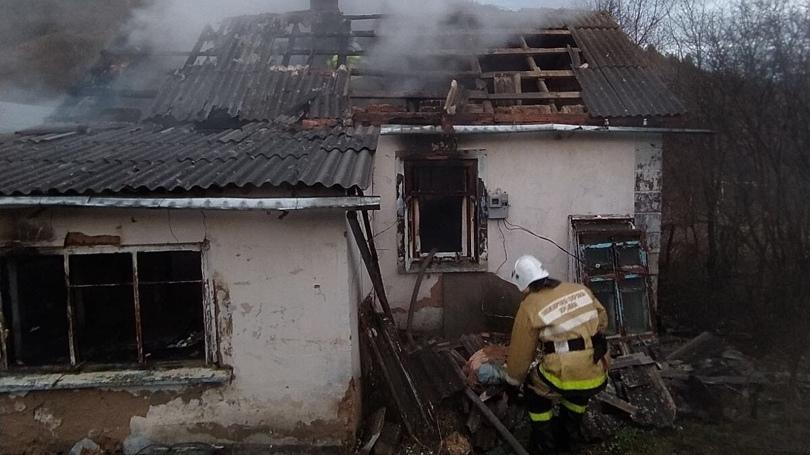 В Крыму в сгоревшем доме нашли тело мужчины