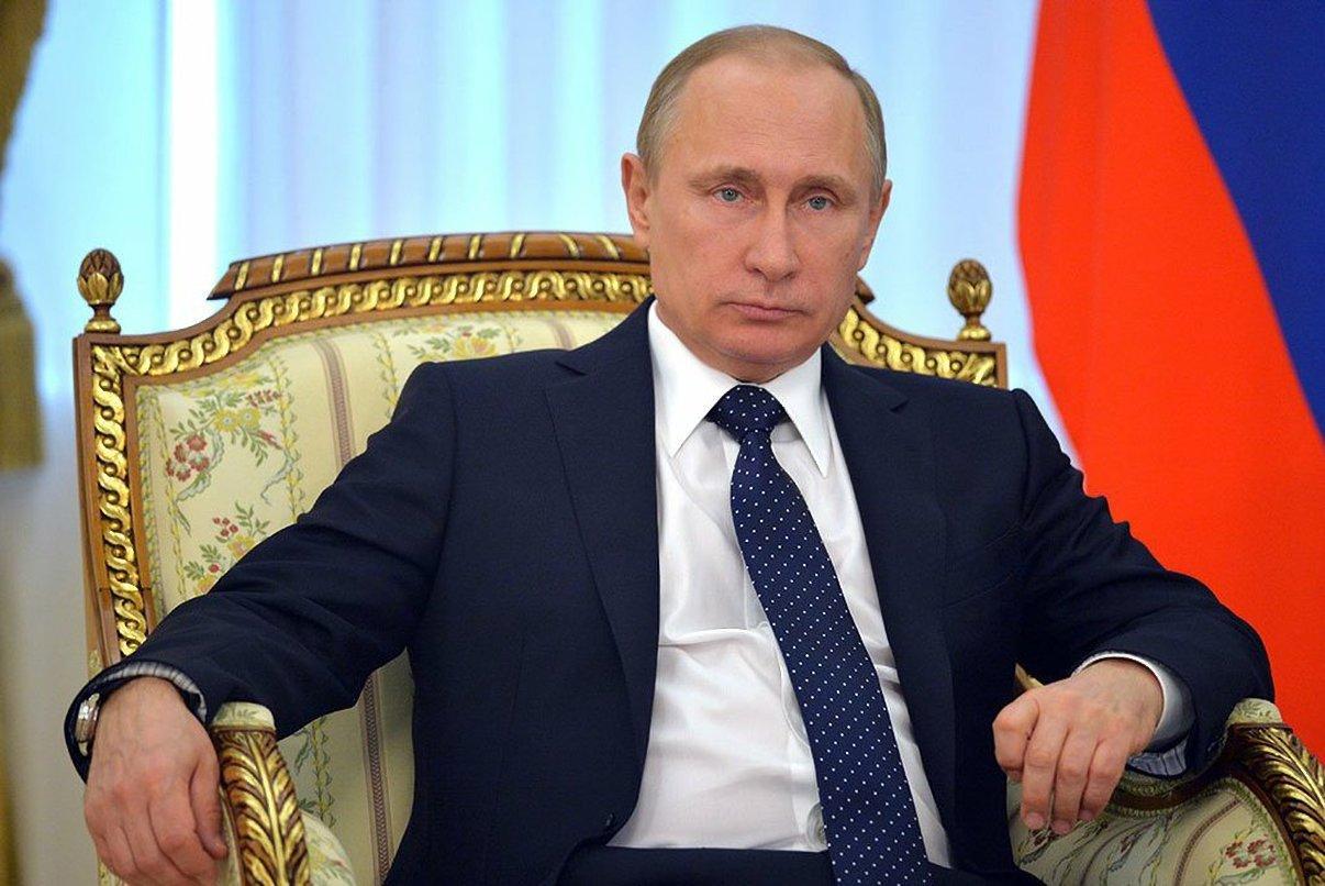 Президент России наградил сотрудников роспотребнадзора РК