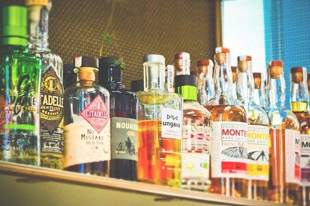 В Крыму ограничили работу алкомагазинов в жилых домах