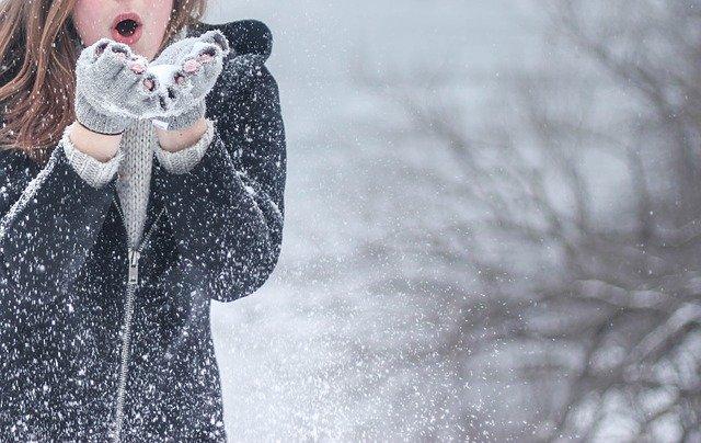 Сильные ливни и снегопады накроют Крым