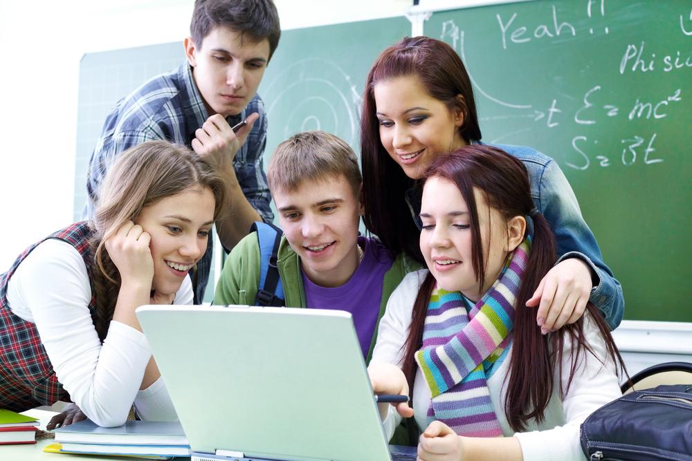В России предложили старшеклассников обучать «взрослой жизни»