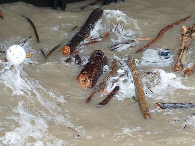 Власти Крыма предлагают в пять раз повысить штраф за сброс нечистот в воду