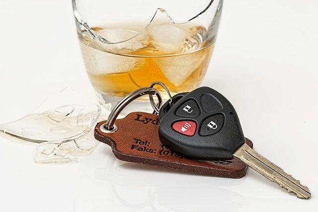 В шесть раз превысил норму: в Ялте пьяный водитель пытался сбежать с места ДТП