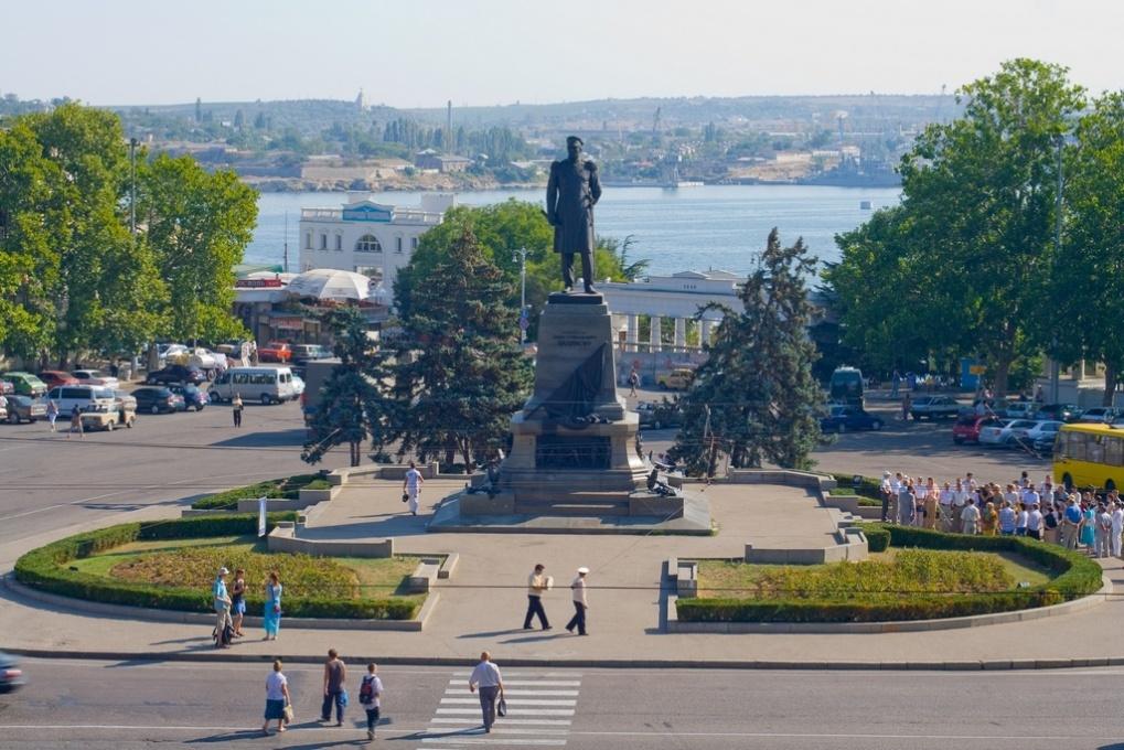 В Севастополе на центральной площади будет ограничена парковка