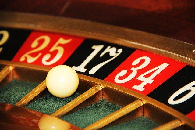 Заработали 8,5 млн: Следком прикрыл подпольное казино в Севастополе