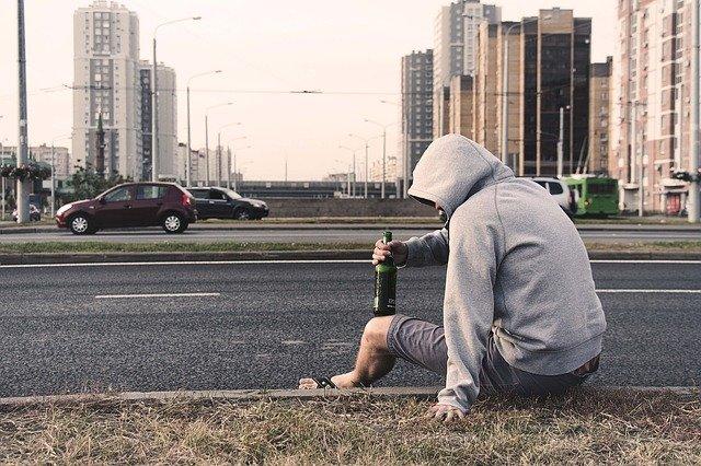 Сбитый в Крыму пешеход бросался под колеса машин – очевидцы