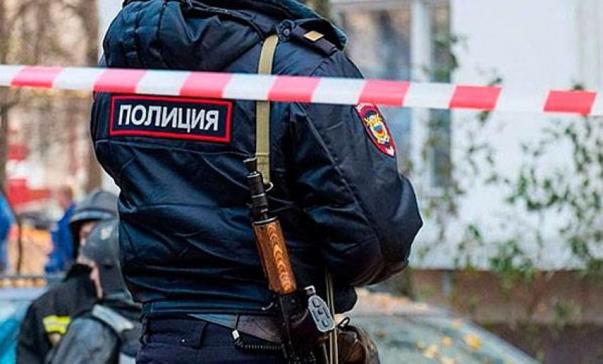 В Крыму после сигнала о минировании оцеплено здание ГИБДД