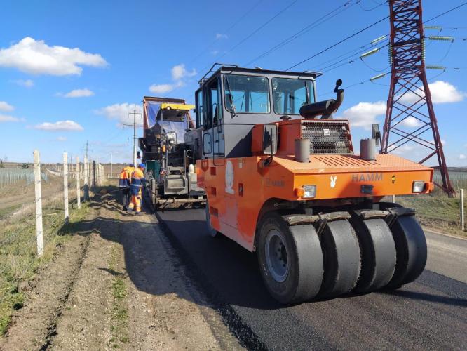 В Севастополе отремонтируют более 21 км дорог