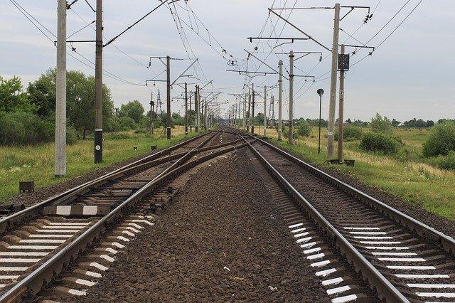 В Крыму электричка насмерть сбила девушку