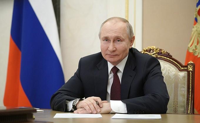 Путин пообещал сделать Крым и Севастополь регионами с самыми высокими стандартами жизни