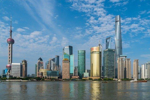Китай хочет начать инвестировать в крымское строительство