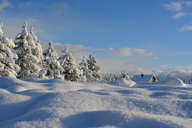 Около 30 сантиметров снега выпало на Ай-Петри (фото, видео)