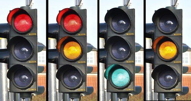 На улицах Симферополя массово не работают светофоры