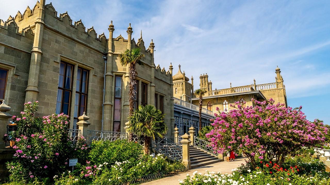 К началу лета в Крыму начнут реставрировать Воронцовский дворец