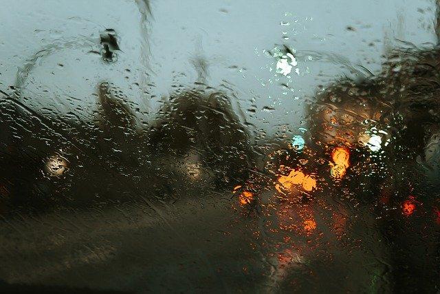 На выходных в Крыму прогнозируют штормовой ветер и дождь со снегом