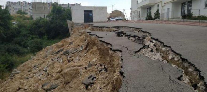 Гадания на грунте: дождется ли «подспорья» дом с рухнувшей парковкой в Севастополе?
