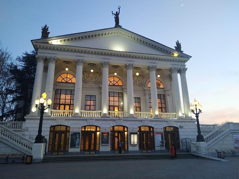 В театре Луначарского 111 сезон начнется с детектива
