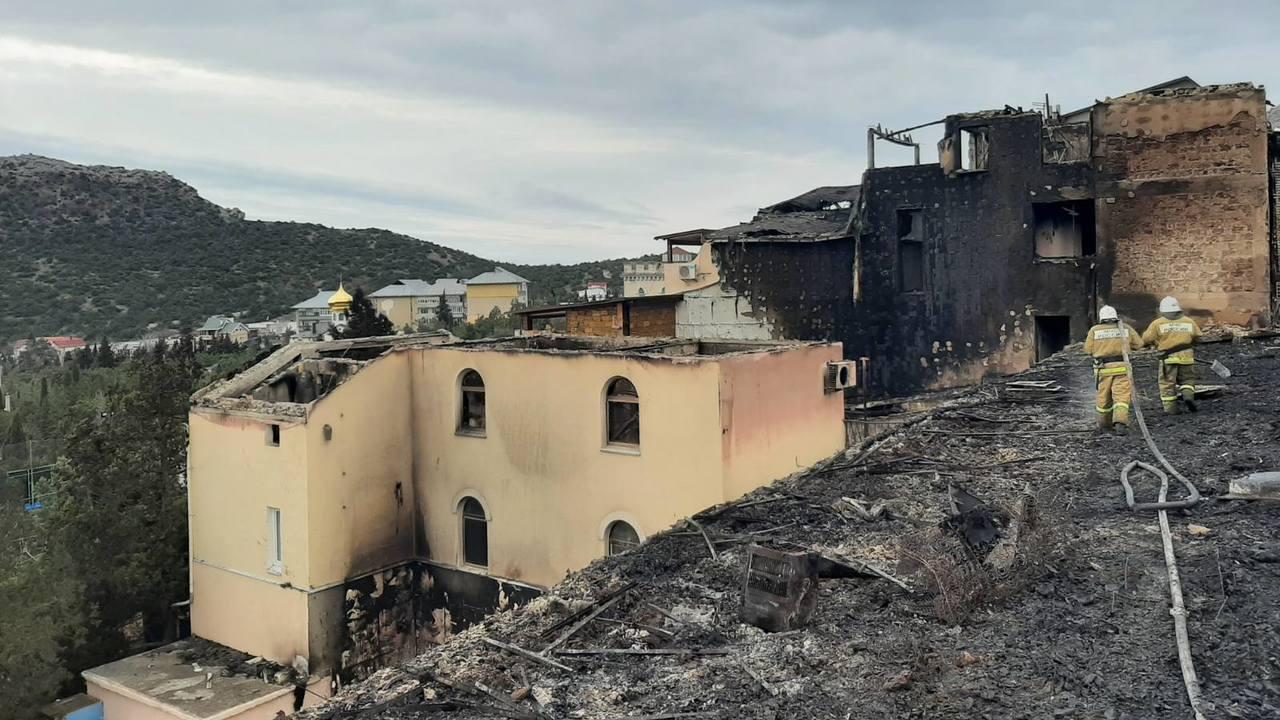 В поселке Новый свет произошел пожар