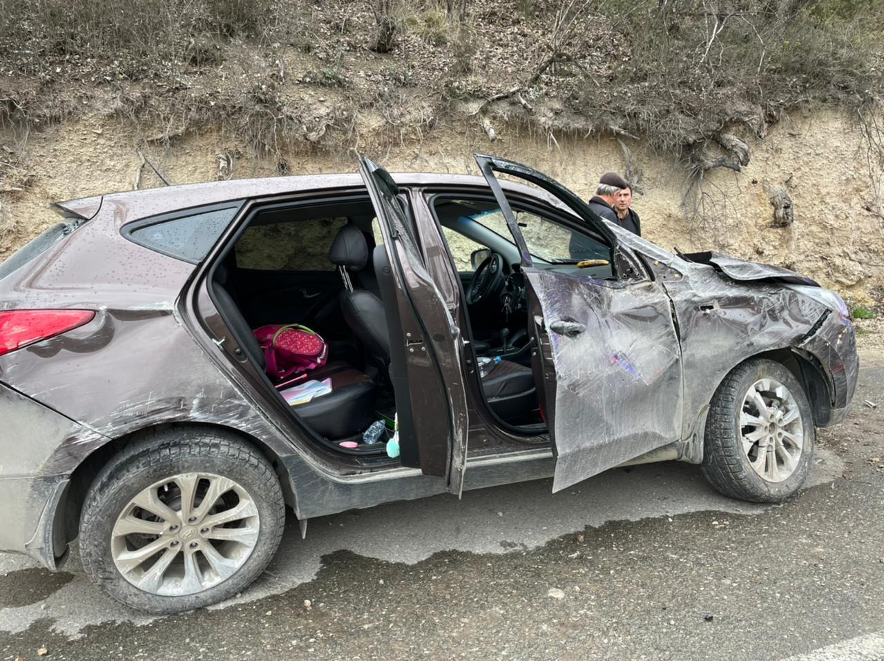 Не справилась с управлением: в Севастополе в ДТП попала женщина с тремя детьми, все в больнице