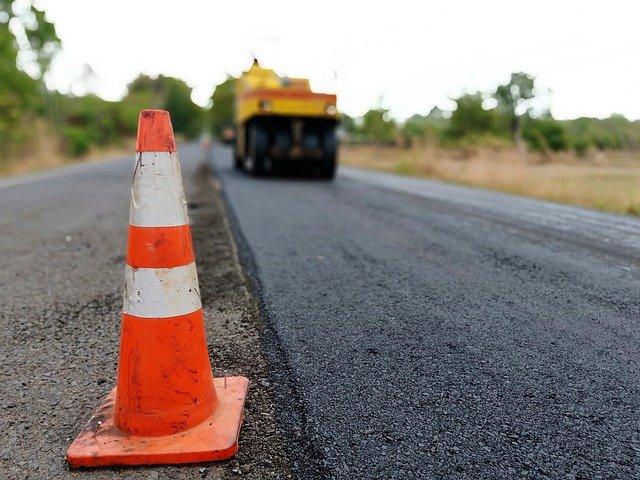 Ремонт дорог в Саках завершится в сентябре 2021 года