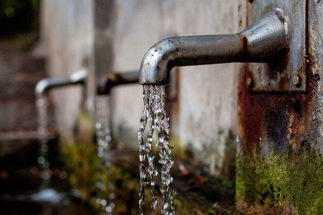 На крымском курорте будут подавать воду один раз в сутки