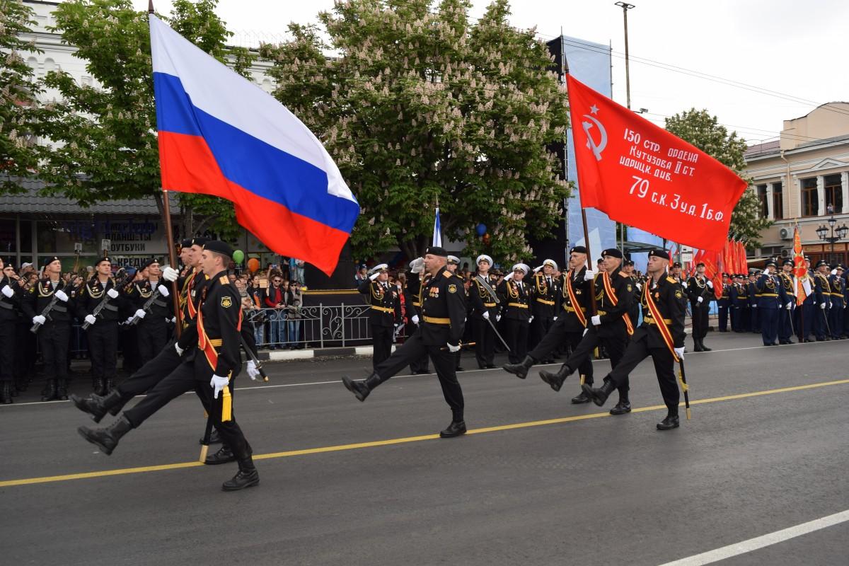 Центр Симферополя будут перекрывать на время репетиций парада