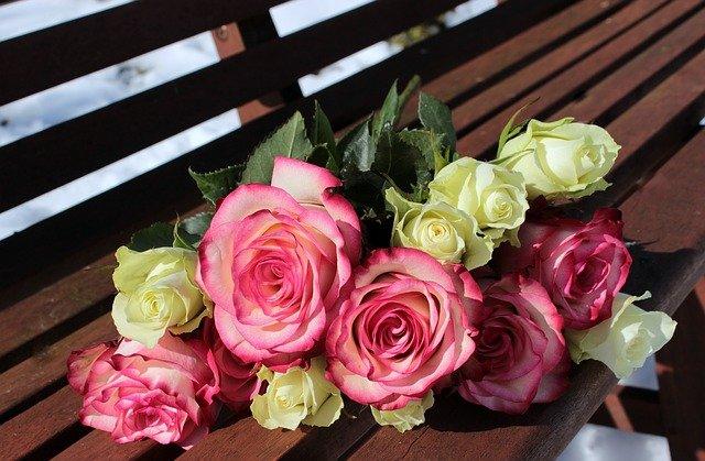 В Ялте во время продажи цветов умерла женщина