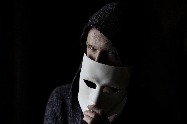 Умел входить в доверие: осужден мошенник, изощренно обманывавший крымчан