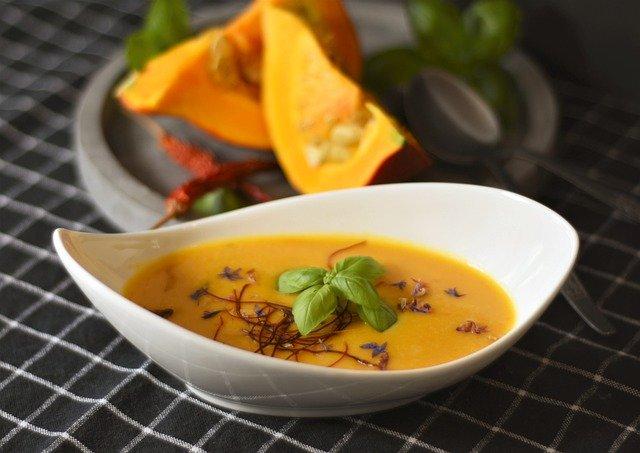 Диетолог рассказала, какие супы полезны для здоровья