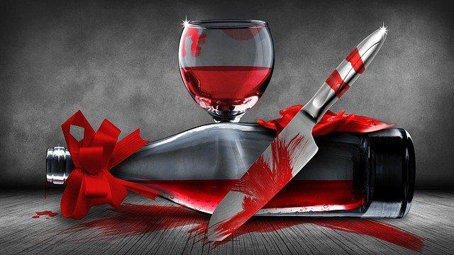 Севастополец из ревности ударил свою подругу ножом