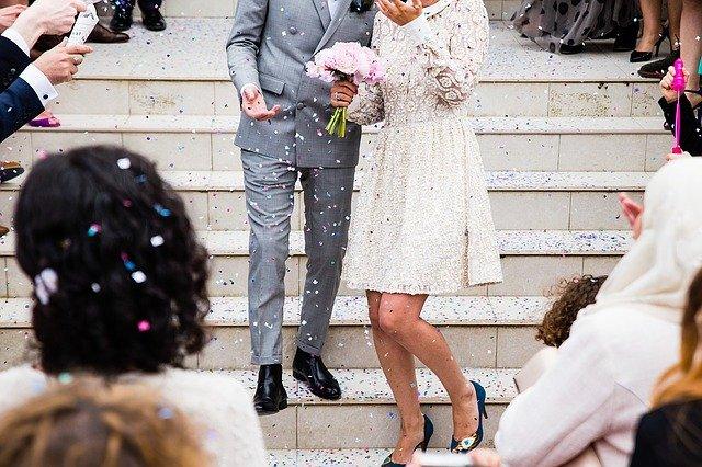 Крымчане смогут зарегистрировать брак в МФЦ