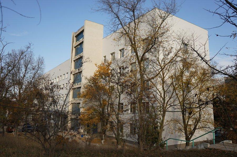 Кулагин оставил севастопольских рожениц без роддома еще на полгода
