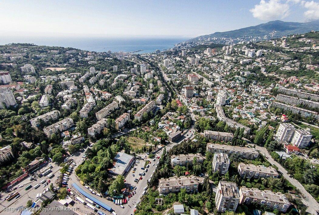 В Крыму хотят открыть несколько консульств