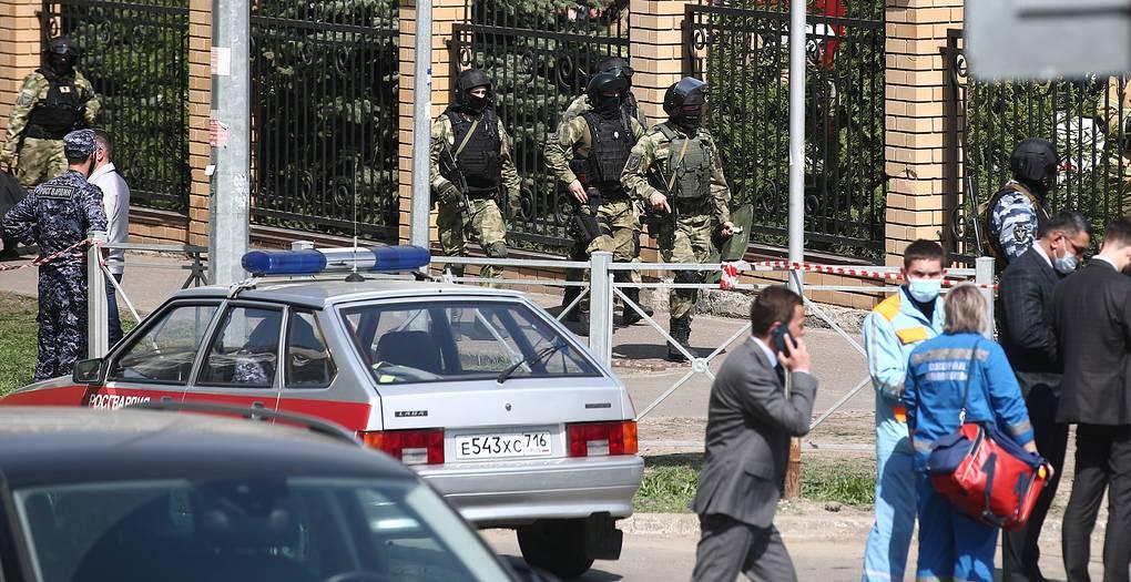 Власти Казани назвали число погибших при стрельбе в гимназии