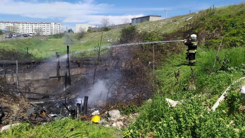 В Севастополе потушили пожар площадью 180 квадратных метров