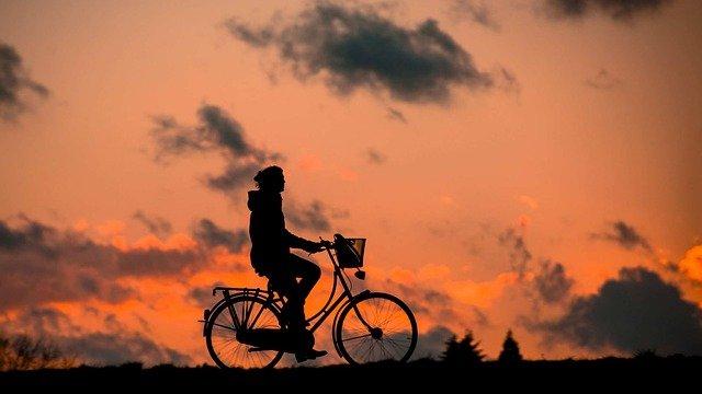 Крымчанин отправился во Владивосток на велосипеде