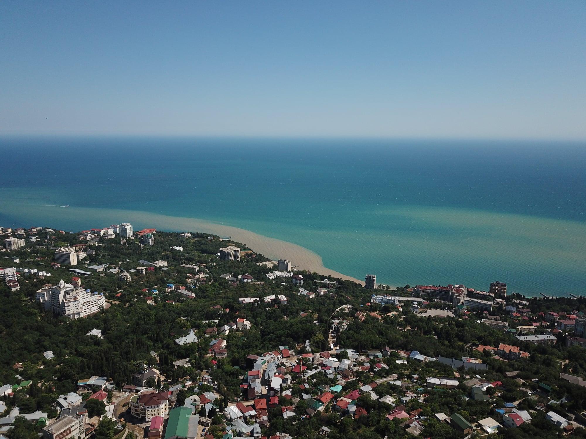 Аксенов сообщил, когда могут разрешить купание в Ялте