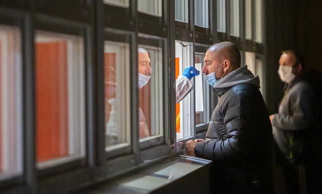 На крымской границе проводят экспресс-тестирование на коронавирус