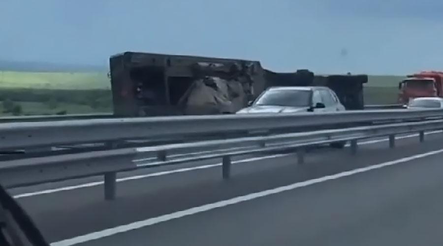 В Крыму из-за ДТП перекрыли участок трассы «Таврида»