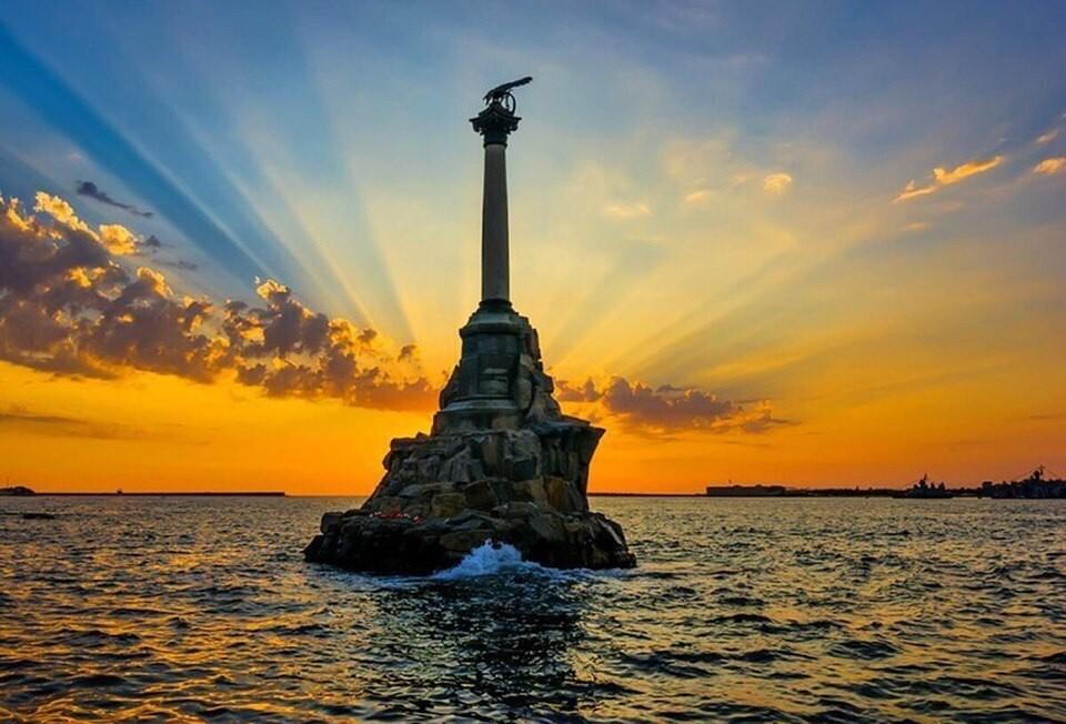 Севастополь попал в десятку популярных городов для путешествий в День России