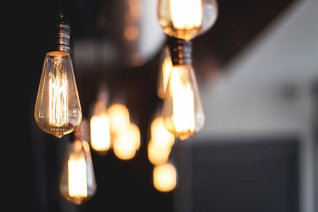Июль начнется для севастопольцев с отключений электроэнергии в различных частях города