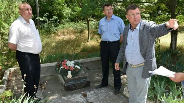"""Кто оплачивает молчание и негодование севастопольского """"общественника"""" Комелова?   ОБЪЕКТИВ"""