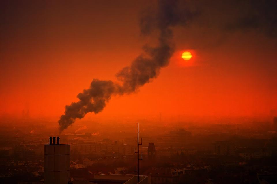 Вредные выбросы в атмосферу в Севастополе выросли за год на 135%