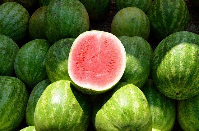 Ученые рассказали, какие фрукты и овощи могут быть опасны