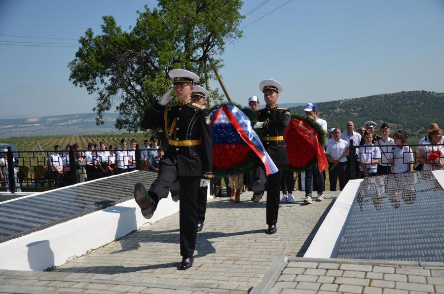 В Севастополе перезахоронили останки 292 бойцов, восстановили имена семерых
