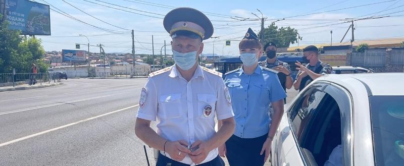 В Севастополе задержан водитель «под мухой» и пассажир с наркотиками